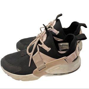 Women's NIKE Air Huarache City Low Sneakers Shoes